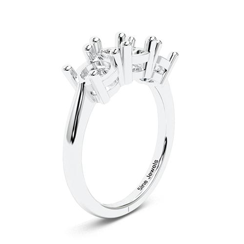 Round Brilliant Cut Simple Three Stone Engagement Ring   Mounts