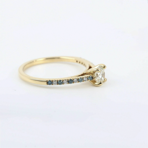 Round Brilliant Cut Diamond Engagement Ring In 18K-Yellow Gold