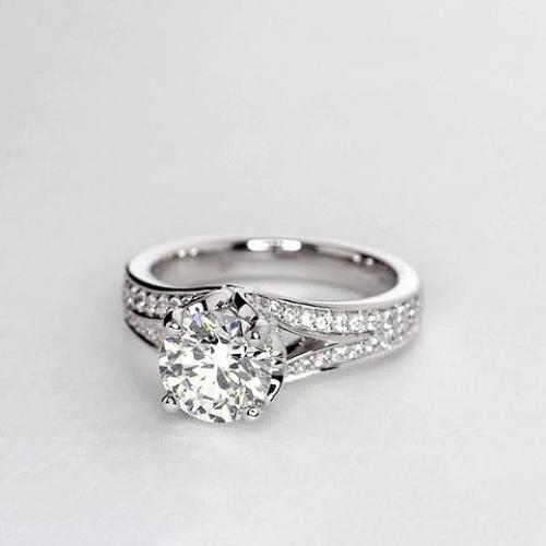 GIA Certified 0.90 Ct VS2 F Split Shank Round Diamond Engagement Ring Platinum