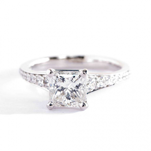 1.35 Cts VS2 F Descending Princess Cut Diamond Engagement Ring Platinum