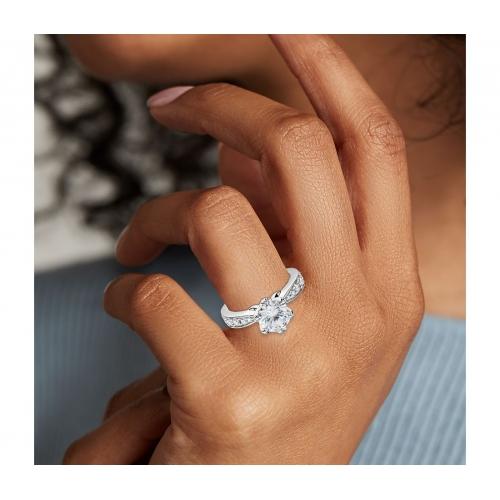 1.40 Carats SI2 F Micro Round Cut Diamond Engagement Ring Platinum