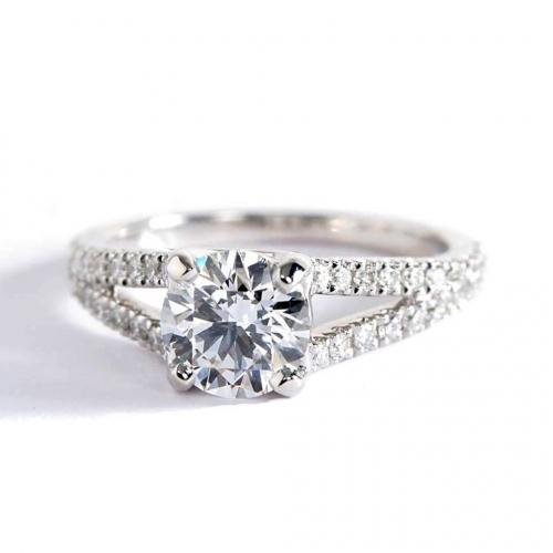 1.30 Carats SI2 F Split Shank Round Cut Diamond Engagement Ring 18K White Gold