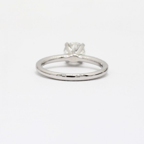 0.85 Carat SI2 F Riviera Round Cut Diamond Engagement Ring Platinum