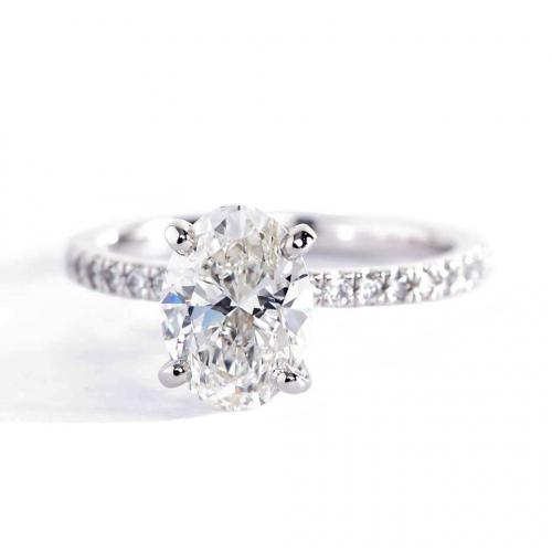 1.25 Carats VS2 F Petite Oval Cut Diamond Engagement Ring Platinum