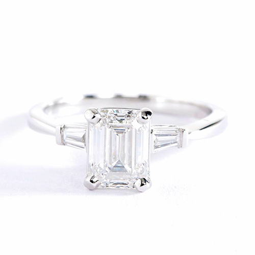 1.2 Carats SI1 F Classic Emerald Cut Diamond 3 Stone Ring 18K White Gold