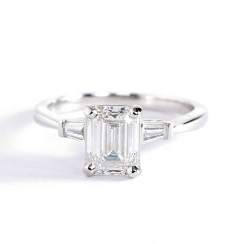 1.1 Carats VS2 F Classic Emerald Cut Diamond 3 Stone Ring 18K White Gold