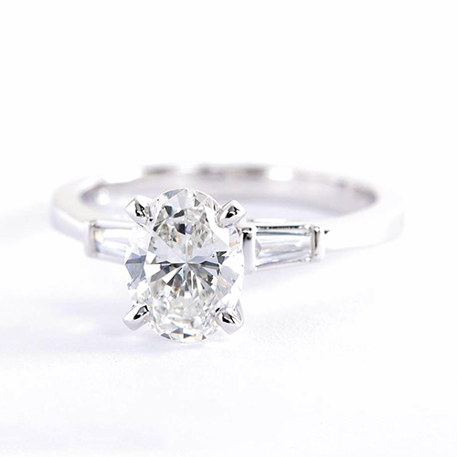 1.2 Carats SI2 F Classic Oval Cut Diamond 3 Stone Ring 18K White Gold