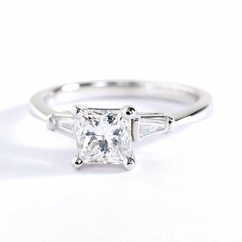 GIA Certified 0.7 Ct VS2 F Classic Princess Diamond 3 Stone Ring 18K White Gold