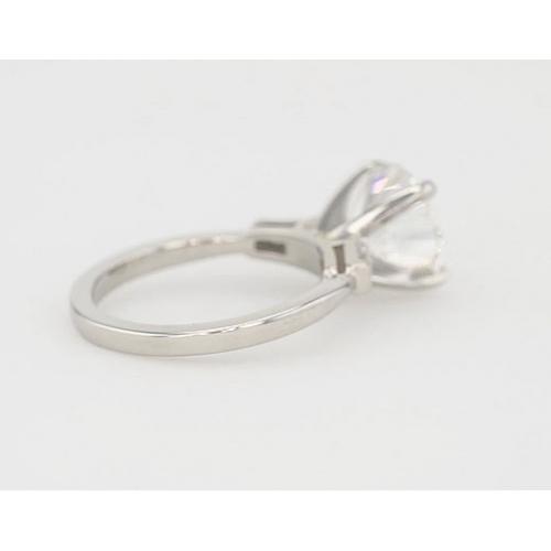 1.2 Carats SI2 G Classic Round Brilliant Diamond 3 Stone Ring 18K White Gold