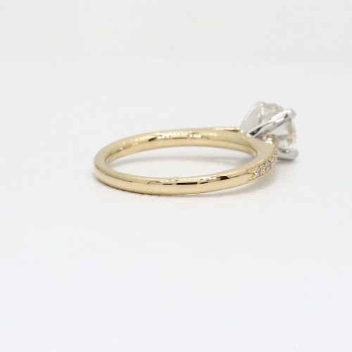 0.75 Ct VS2 F French Pave Round Diamond Engagement Ring 18K Yellow Gold