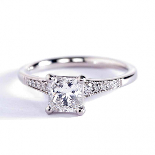 0.85 Carat VS2 H Graduated Milgrain Princess Diamond Engagement Ring Platinum