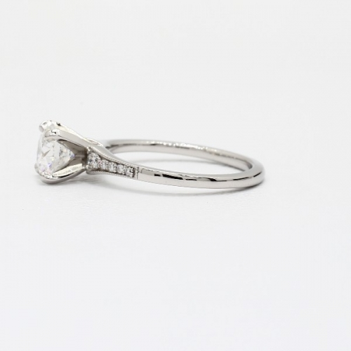 GIA0.85 Ct VS2 F Graduated Milgrain Round Diamond Engagement Ring 18K White Gold
