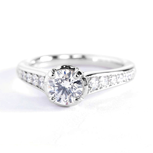 1.3 Carats SI2 F Graduated Round Cut Diamond Engagement Ring 18K White Gold