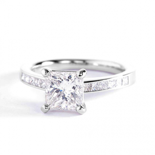 1.3 Carats VS2 F Channel Princess Cut Diamond Engagement Ring 18K White Gold