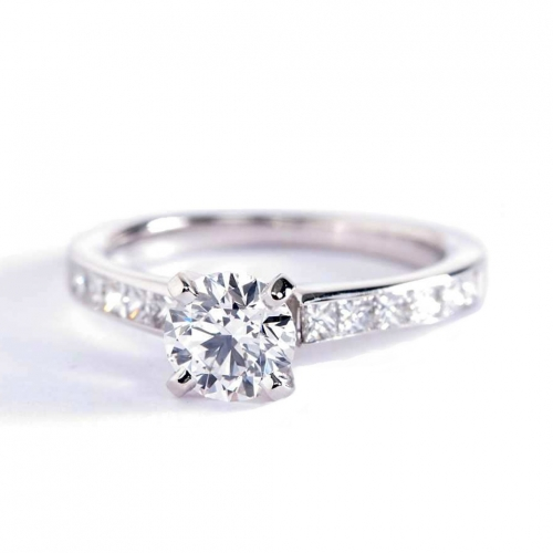 0.8 Carat SI2 F Channel Round Brilliant Cut Diamond Engagement Ring Platinum