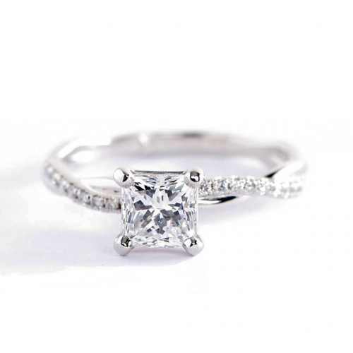 0.65 Carat VS2 F Twist Shank Princess Cut Diamond Engagement Ring Platinum