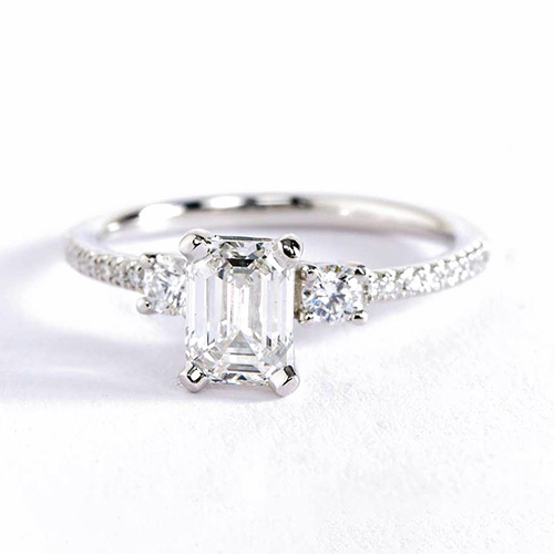 1.10 Cts VS2 H 3 Stone Look Emerald Cut Diamond Engagement Ring 18K White Gold