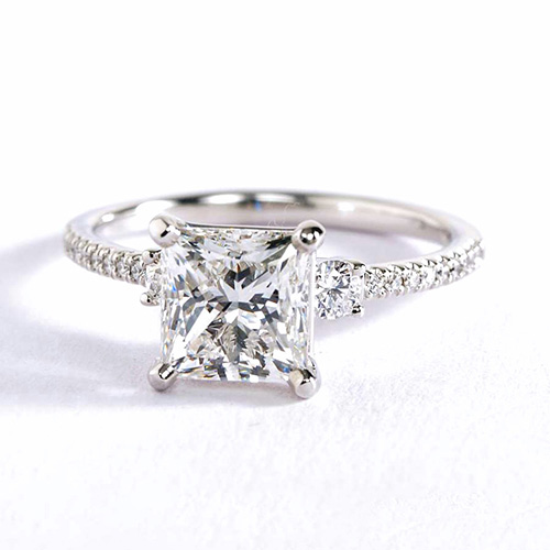 1.40 Cts VS2 H 3 Stone Look Princess Cut Diamond Engagement Ring 18K White Gold