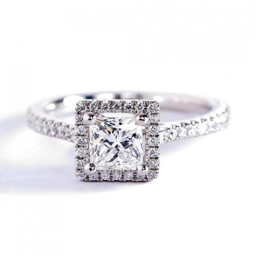 GIA Certified 0.50 Ct VS2 F Princess Halo Diamond Engagement Ring 18K White Gold