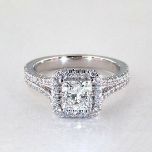 .90 Ct VS2 F Princess Split Shank Halo Diamond Engagement Ring 18K White Gold