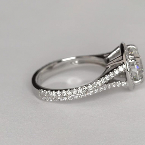 1.50 Ct SI2 F Round Vintage Halo Diamond Engagement Ring 18K White Gold