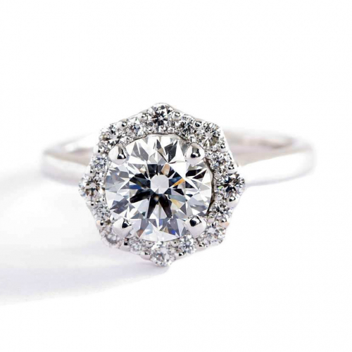 1 Cts SI2 D Round Brilliant Cut Floral Halo Diamond Engagement Ring Platinum
