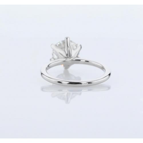0.90 Carat SI2 F Petite Round Cut Solitaire Diamond Engagement Ring Platinum