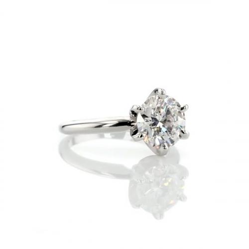 1.50 Carats SI2 F Petite Round Cut Solitaire Diamond Engagement Ring Platinum