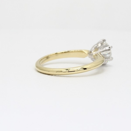 1.50 Cts SI2 D Classic Round Solitaire Diamond Engagement Ring 18K-Yellow Gold