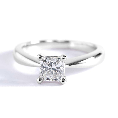 GIA 0.50 Ct VS2 F Bow Princess Solitaire Diamond Engagement Ring 18K Gold