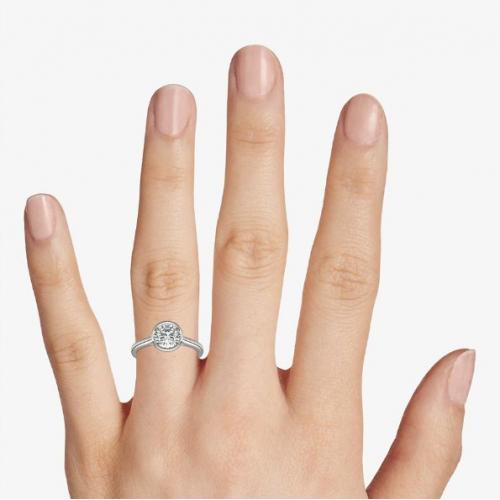 1 Ct SI2 F Classic Bezel Set Round Solitaire Diamond Engagement Ring Platinum