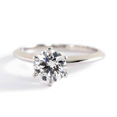 0.70 Carat SI2 F Tapered Round Cut Solitaire Diamond Engagement Ring Platinum