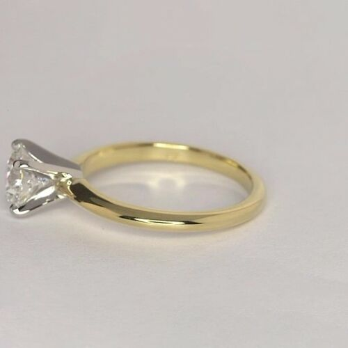 0.90 Ct VS2 G Round Brilliant Cut Tapered Diamond Solitaire Engagement Ring 18K-Yellow Gold
