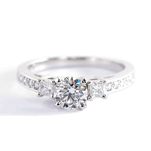 1.90 Ct SI2 H Round Brilliant Cut Vintage Diamond Three Stone Engagement Ring 18K-White Gold
