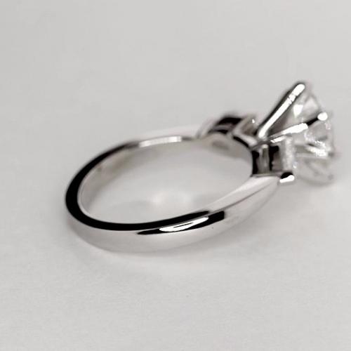 1.50 Ct SI2 F Pear Cut Pear Diamond Three Stone Engagement Ring Platinum