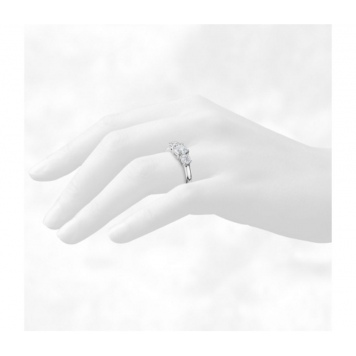1.4 Cts SI2 F Round Cut Simple 3 Stone Diamond Engagement Ring in Platinum