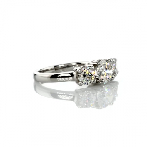 GIA Certified 0.9 Ct SI2 F Round Simple 3 Stone Diamond Engagement Ring 18K Gold