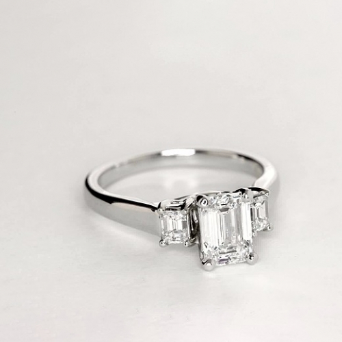 1.35 Ct VS2 F Emerald Broad Shank 3 Stone Diamond Engagement Ring 18K-White Gold