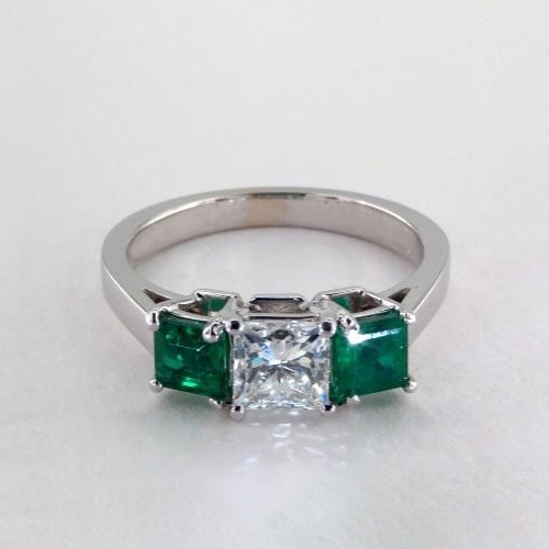GIA Certified 1.5 Cts Princess Classic 3 Stone Diamond Engagement Ring 18K Gold