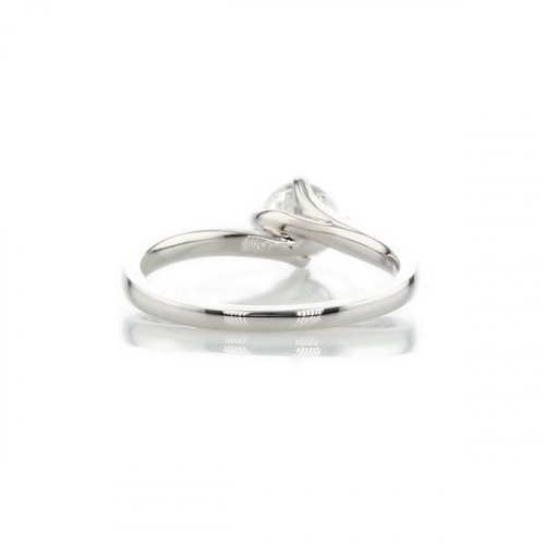 0.60 Ct SI2 G Twist Prongs Round Solitaire Diamond Engagement Ring 18K- Gold